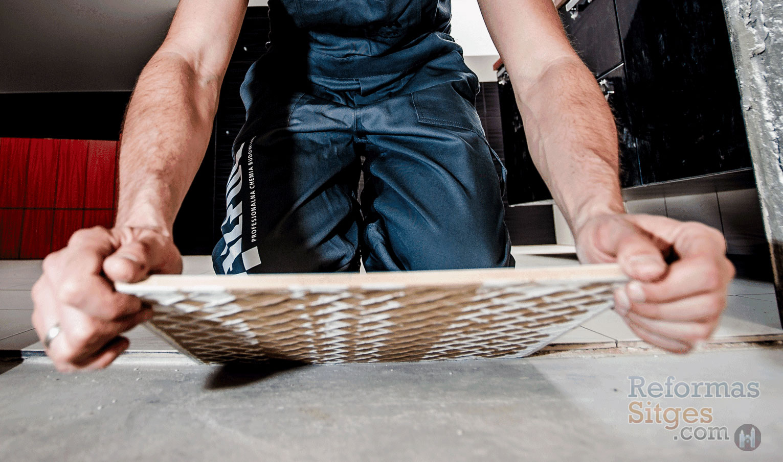 Tiling Floors & Walls - Sitges